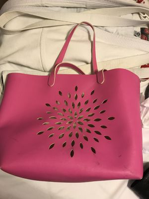 Big pink bag for Sale in Fort McDowell, AZ