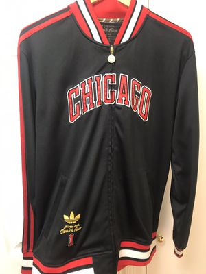 Chicago bulls Adidas jacket for Sale in Chicago, IL