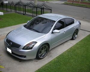 Nissan Altima2OO8 Asking$1000 for Sale in Atlanta, GA