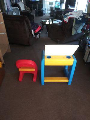Kids chair n table for Sale in Brandon, FL