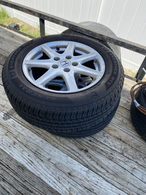 Honda Accord wheels and tires for Sale in Haines City, FL