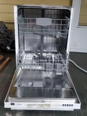 Dishwasher excellent condition Siemens for Sale in Federal Way, WA