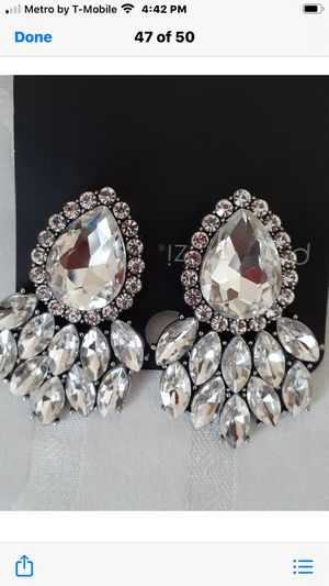 Paparazzi white cluster Faux Diamond earrings for Sale in Baltimore, MD