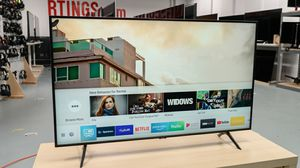 "QLED 32"" Samsung smart TV for Sale in Cambridge, MD"