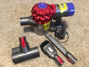 Dyson V7 Trigger Pro handheld vacuum for Sale in Manassas, VA
