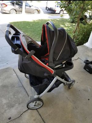 Stroller with car seat FREE for Sale in Des Plaines, IL