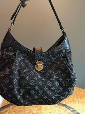 Louis Vuitton black denim monogramed shoulder bag for Sale in Chagrin Falls, OH