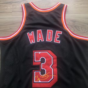 BRAND NEW! 🔥 Dwyane Wade #3 Miami Heat L3GACY Jersey + SHIPS OUT NOW 📦💨 for Sale in Miami, FL