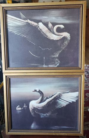 Set of 2 Framed Swan Pictures for Sale in Seattle, WA