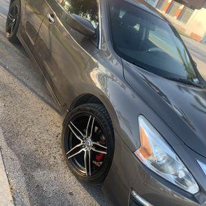 Nissan Altima for Sale in Hialeah, FL