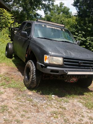 1986 t100 Toyota pickup for Sale in Mineral Bluff, GA