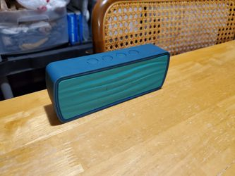 Insignia Bluetooth Speaker for Sale in Naples,  FL