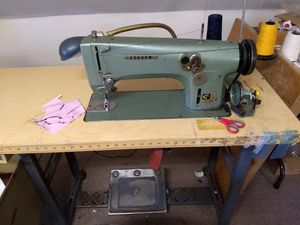 Consew model 99 zigzag for Sale in Mount Laurel Township, NJ