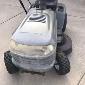 "Craftsman LT1000 Tractor Mower 42"" deck 18HP for Sale in Colorado Springs, CO"