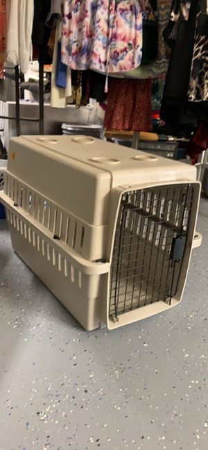 """Pet Carrier L 26"""" W17"""" H19"""" for Sale in Mission Viejo, CA"""
