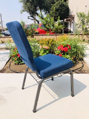 Comfortable chair for Sale in Cypress, CA