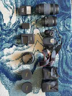 Canon Rebel T5 + 2 Lenses and 2 Focuses for Sale in El Paso,  TX