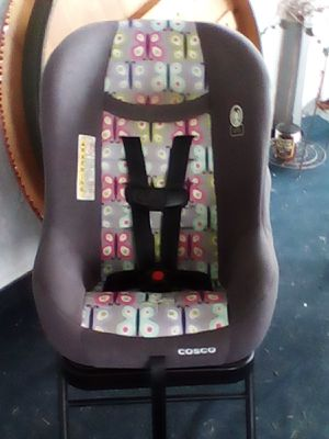 Cosco baby car seat w/ side impact protection for Sale in Palm Bay, FL