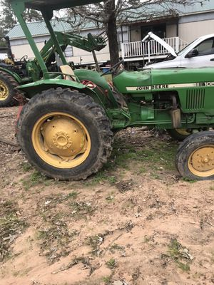 1986 John Deere diesel tractor trabaja bien for Sale in Houston, TX