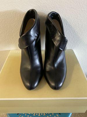 Michael Kors- studio cuffed bootie for Sale in Tampa, FL