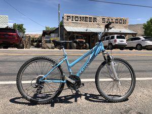 """Schwinn 24"""" road/mountain bike for Sale in Las Vegas, NV"""