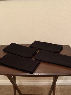 Set of 4 Cloth Dinner Napkins for Sale in Waco,  TX