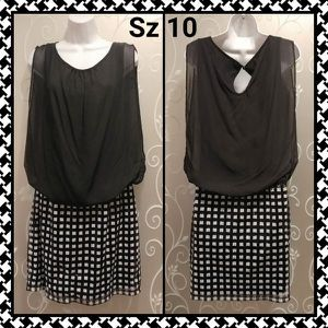 WOMENS RETRO CHIC DRESS SIZE 10 for Sale in Ontario, CA