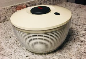Salad Spinner for Sale in Raleigh, NC