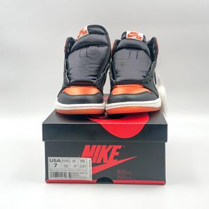 Jordan 1 Retro Satin Shattered Backboard Ds sz7(w) for Sale in Bellevue, WA