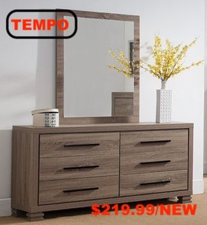 6 Drawer Dresser, Dark Taupe for Sale in Pico Rivera, CA