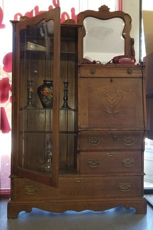 Antique China Cabinet for Sale in Covina, CA
