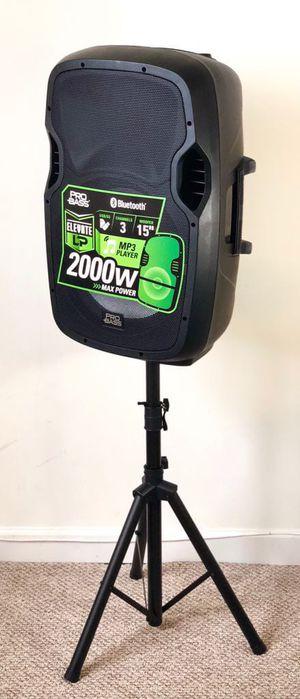 Speaker Bluetooth radio USB karaoke 1🎤y stand incluido for Sale in Miami Springs, FL