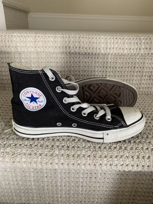 Converse All Star black shoes- women's size 7, men size 5 for Sale in Chula Vista, CA