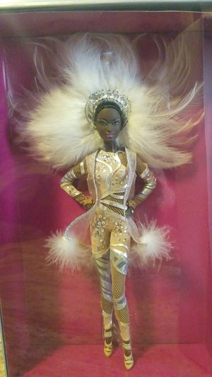 Pazette by Stephen Burrows Collectable Barbie Excellent Condition NIB for Sale in Long Beach, CA