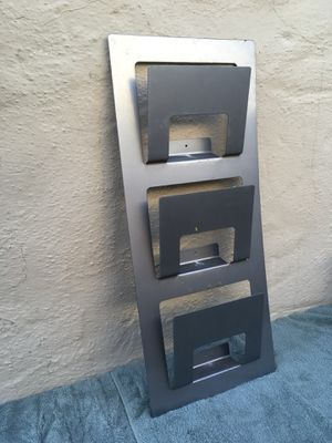Magazine rack for Sale in San Rafael, CA