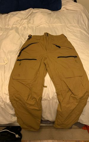 North face ski/snowboard pants small for Sale in Catonsville, MD