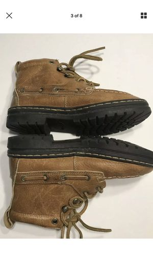 Leather hiking boots sz 9 ROPERS for Sale in Lodi, CA