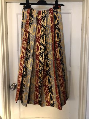 Brand new Gucci Skirt for Sale in Los Angeles, CA