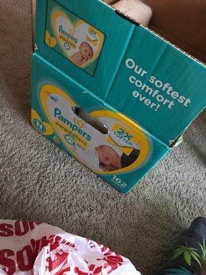 Pampers newborn for Sale in El Paso, TX