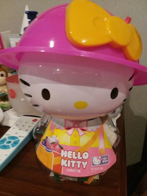 Adorable HELLO KITTY Bank with Assorted Candies** for Sale in The Bronx, NY