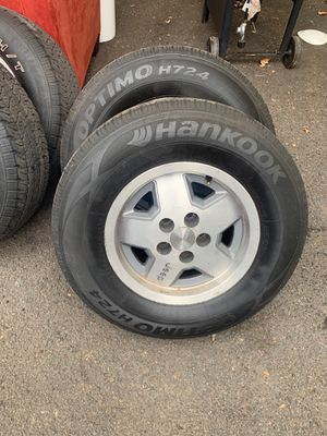 Jeep wheels and tires size 15 for Sale in East Orange, NJ