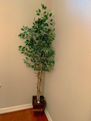 Fake decor plants for Sale in Pearland, TX