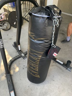Everlasting 100lbs Punch Bag w/Speed Bag for Sale in San Jose, CA