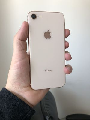 iPhone 8 256 GB like new for Sale in Chantilly, VA