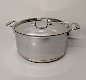 "8qt Stock Pot, 3Qt saute pan and 8"" pan for Sale in Durham, NC"