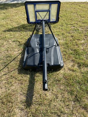 Lifetime adjustable basketball hoop used with all parts and tools for Sale in Midway City, CA