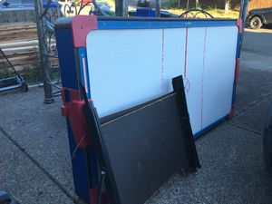 Air hockey table FREE for Sale in Damascus, OR