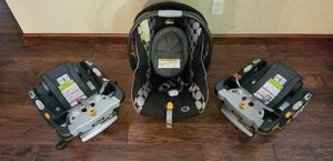 Chicco Cortina KeyFit 30 Carseat And Bases for Sale in McNary, AZ