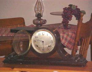 Antique Sessions mahogany mantle clock for Sale in Prescott, AZ
