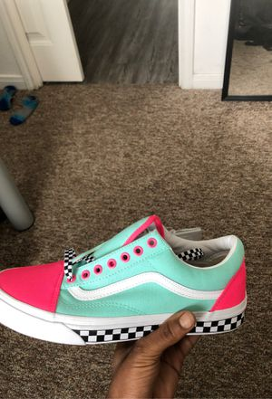 Vans , newly customized , never worn, size 10 for Sale in Gainesville, FL